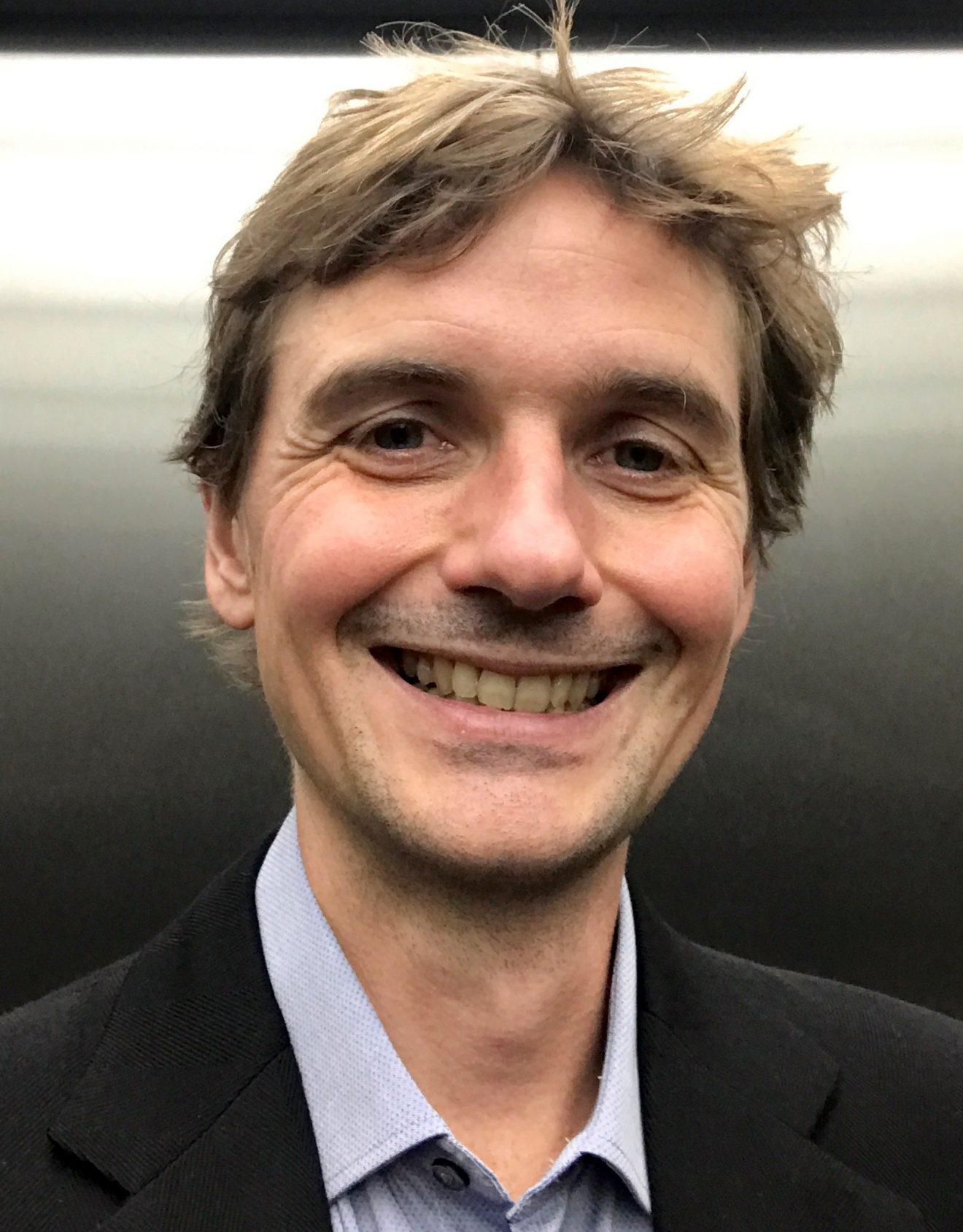 Prof. Dr. Stephane Bordas